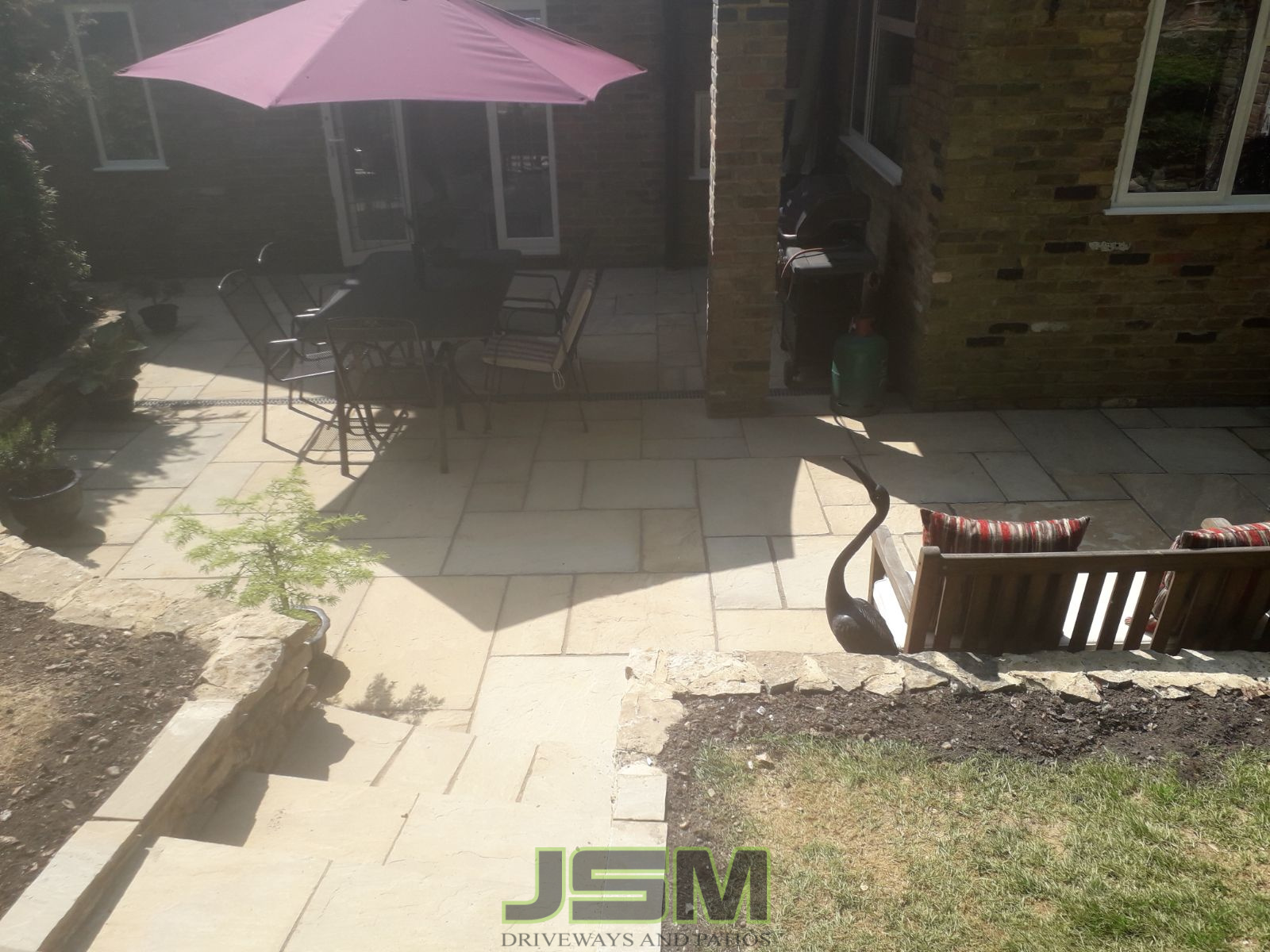 Garden Paving Company in Thornborough, Milton Keynes