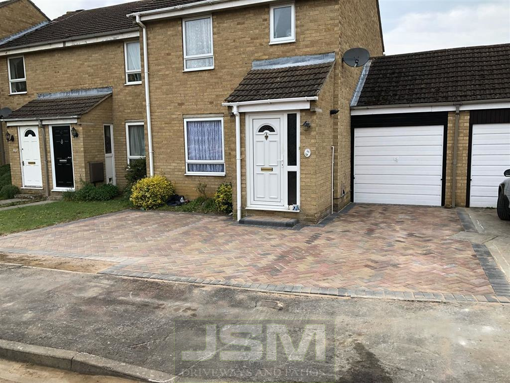 Block Paving Driveways in Thornborough