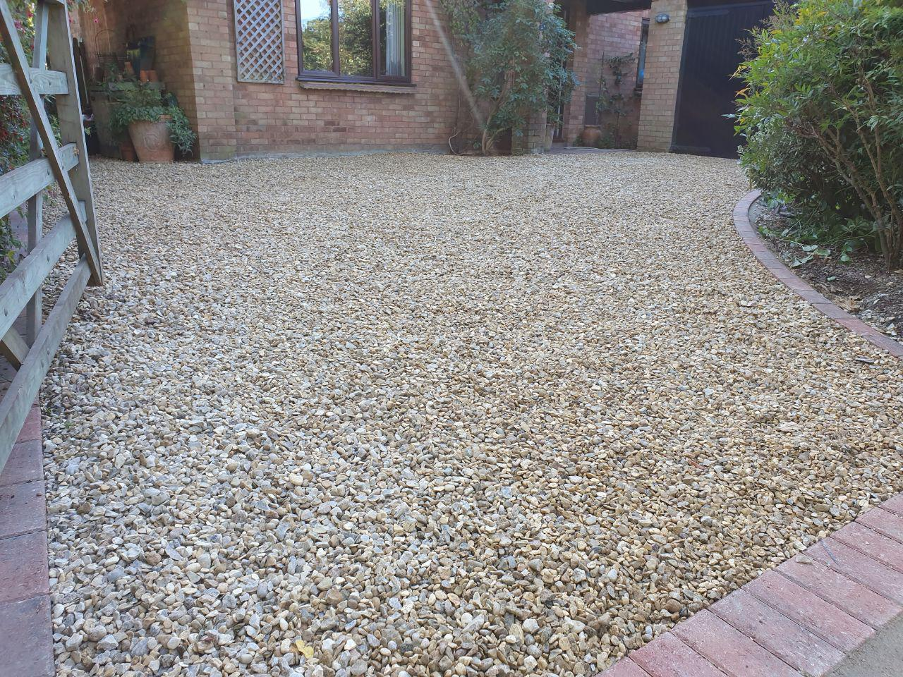 New Driveway With 20mm Cotswold Gravel In Milton Keynes Driveway Patio Experts