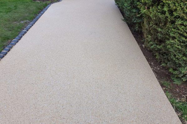 Resin Bound Driveway and Footpaths in Buckingham